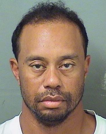 タイガー・ウッズ逮捕報道の現在の顔画像が悪意に満ちていてやばい・・・ SNSでは目も生き生きしてるのに・・・