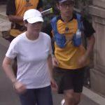 ブルゾンちえみがマラソンで走る度に胸が揺れることに心配の声 「大丈夫か? 痛そうやで」「サラシ巻いて走れば良いのに」【24時間テレビ】