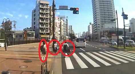 【炎上】吉澤ひとみのドラレコ動画に批判殺到「隣にいた女子高生はなんで助けようとしないの?大丈夫とかいえないのかな」